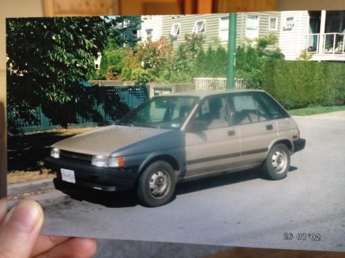 photo of older model car